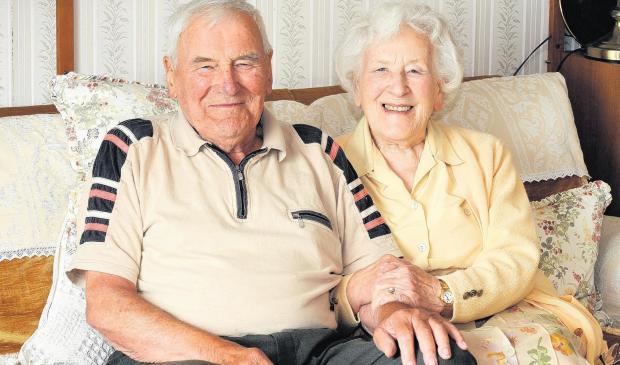 Former teachers celebrate 70 years of marriage