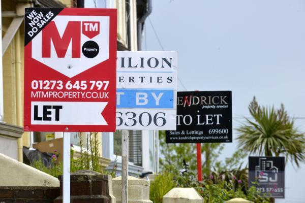 There are a large number of properties in Brighton and Hove available for rent