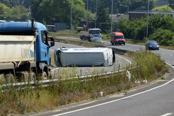 Overturned lorry on the A27