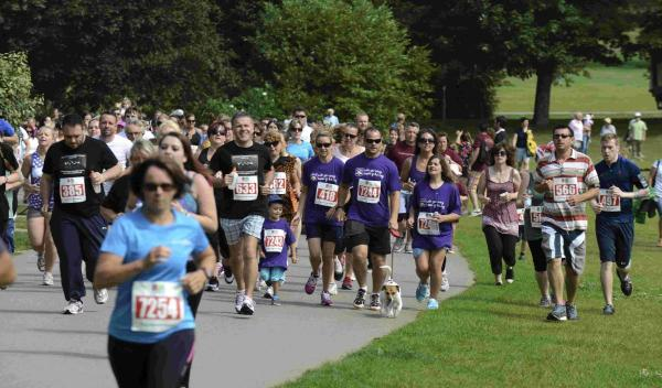 Cartoon characters join in Sussex fun run capers