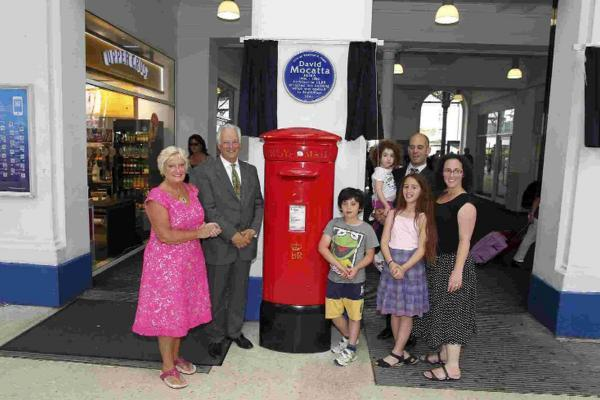 Brighton railway pioneers awarded with blue plaques