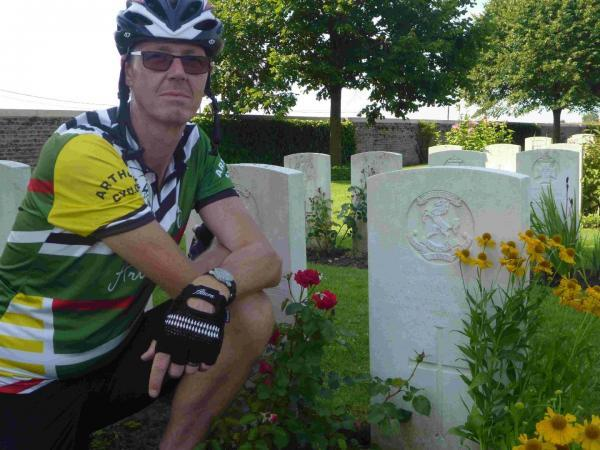 Argus Appeal cyclist visits great grandad's grave in Poelcapelle