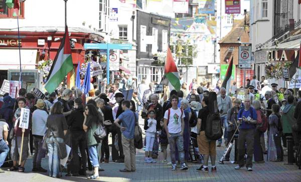 Protesters call for boycott of Israeli business