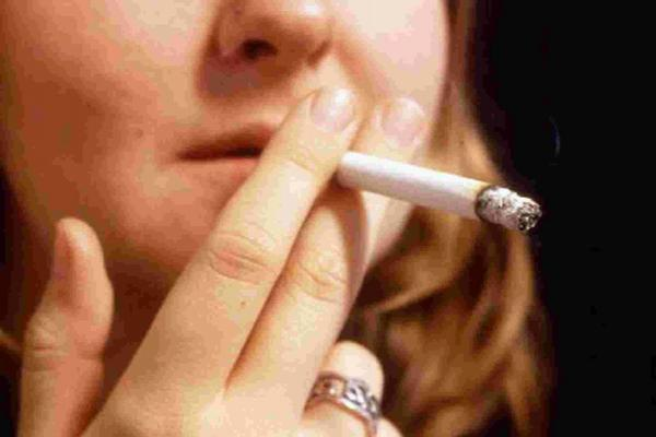 Stop-smoking figures down year on year