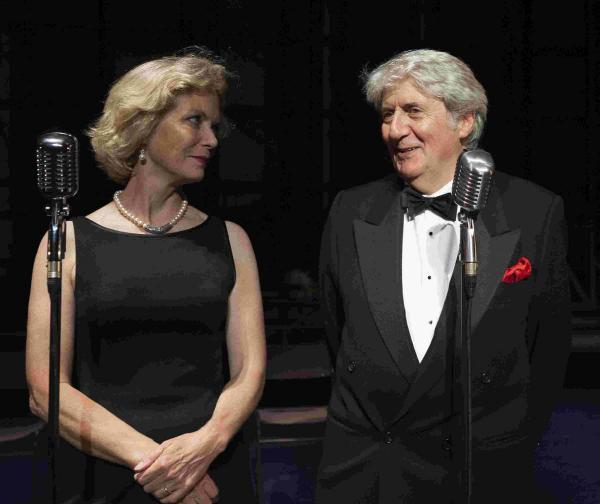 Jenny Seagrove and Tom Conti in Murder on Air, Theatre Royal Brighton – picture by Darren Bell