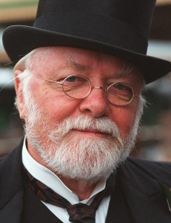 Actress's tribute to Lord Attenborough