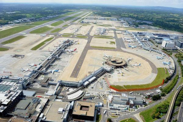 Flights could cost more if new Gatwick runway goes ahead
