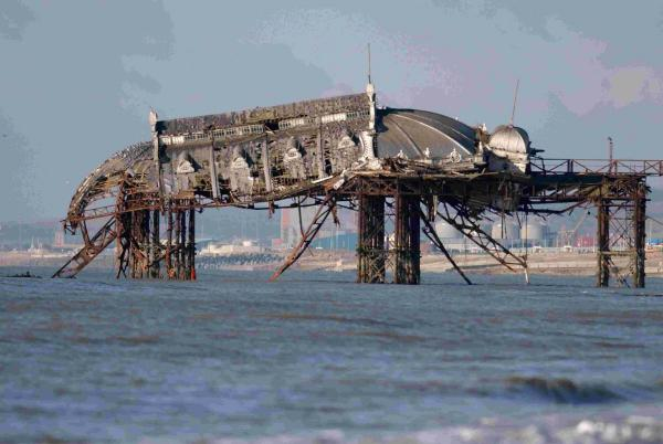 The wrecked West Pier