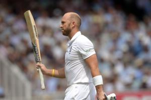 Prior could ditch gloves to become a specialist batsman