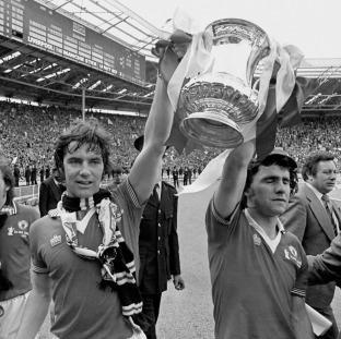 Longest-serving FA Cup trophy nets £1m valuation on Antiques