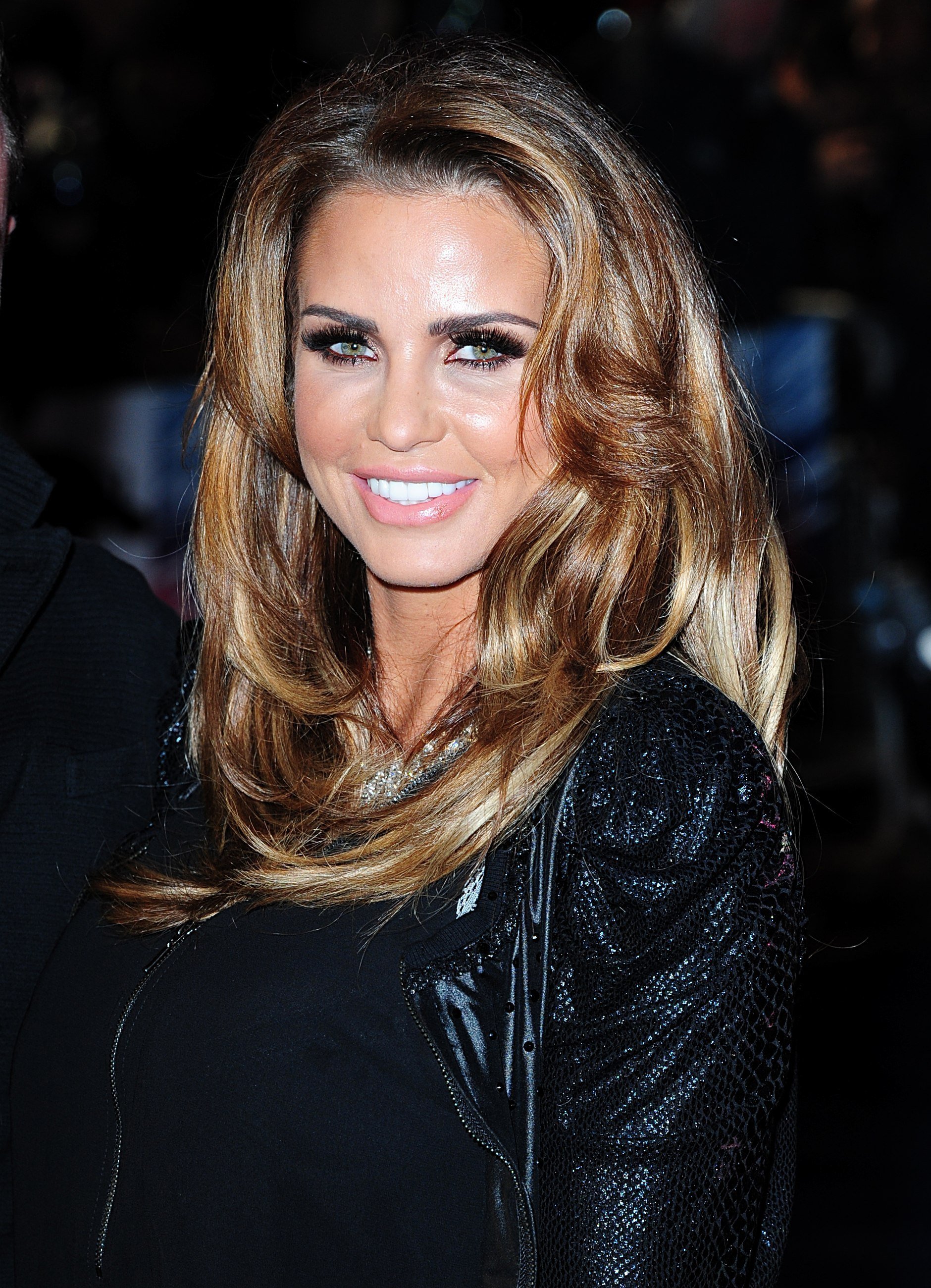 Katie Price arriving at the Premiere of Robocop at the BFI IMAX, South Bank, London. PRESS ASSOCIATION Photo. Picture date: Wednesday February 5, 2014. Photo credit should read: Ian West/PA Wire.