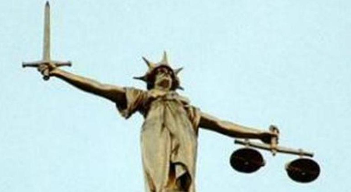 Tree surgeon grabbed saw 'in attempt to break up fight at illegal rave'