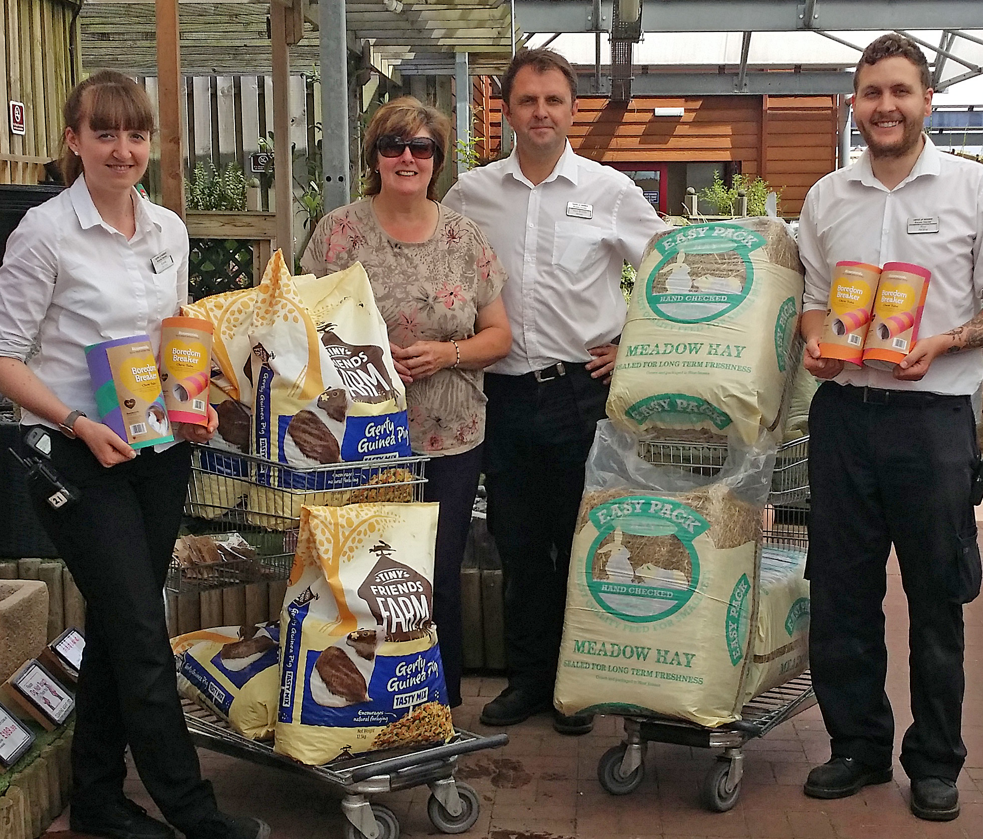 Elle From Lumpy Lodge With Pet Shop Staff Rico U0026 Emma And Mayberry Garden  Centre Manager