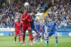 Kenneth Zohore (red shirt)
