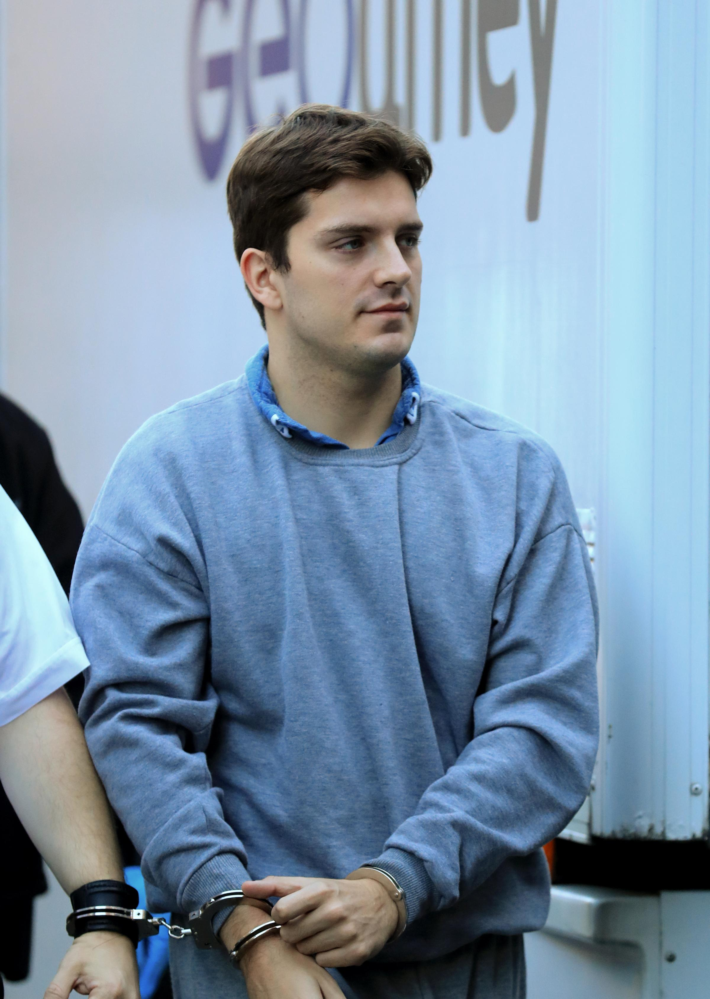 Hairdresser Due To Be Sentenced For Deliberately Infecting Lovers With Hiv