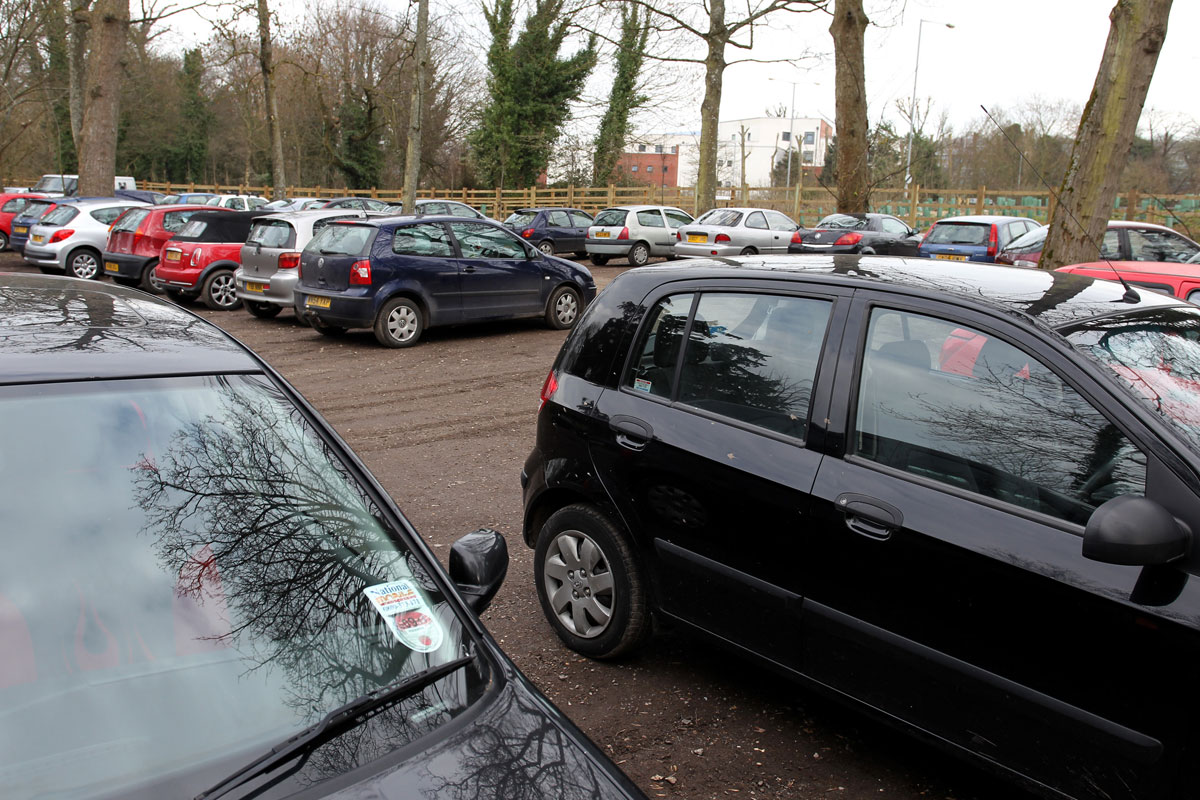£100 fine threat for inconsiderate parking