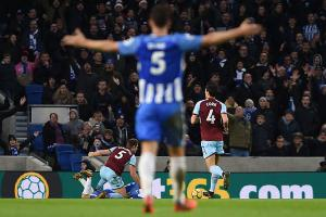 The Argus: Albion v Burnley Lewis Dunk