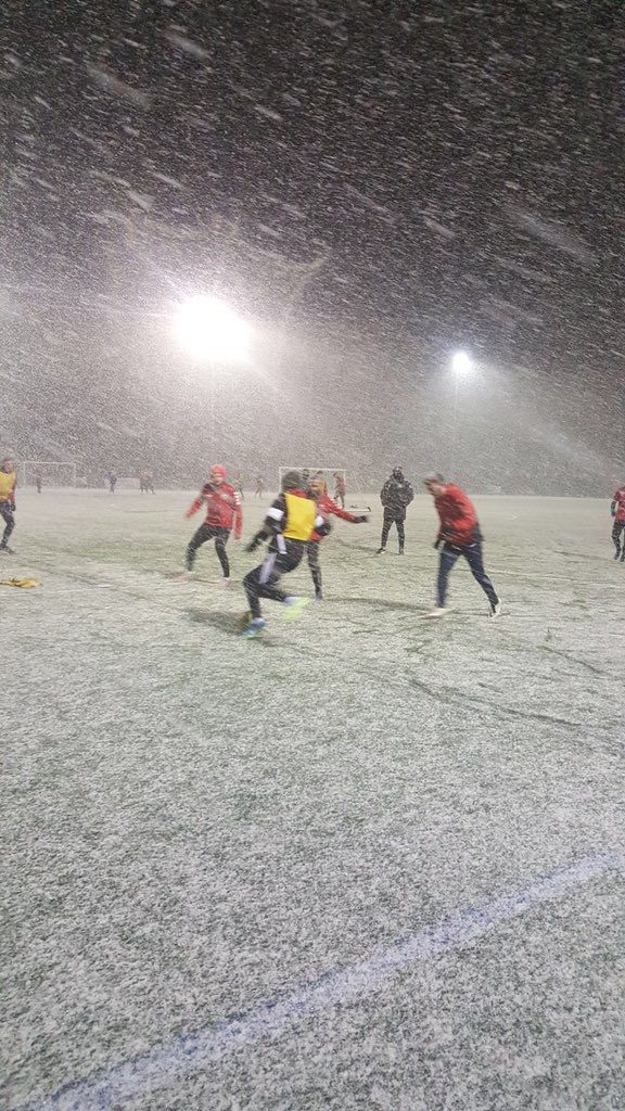 Darren Freeman took this snap of his side training last night