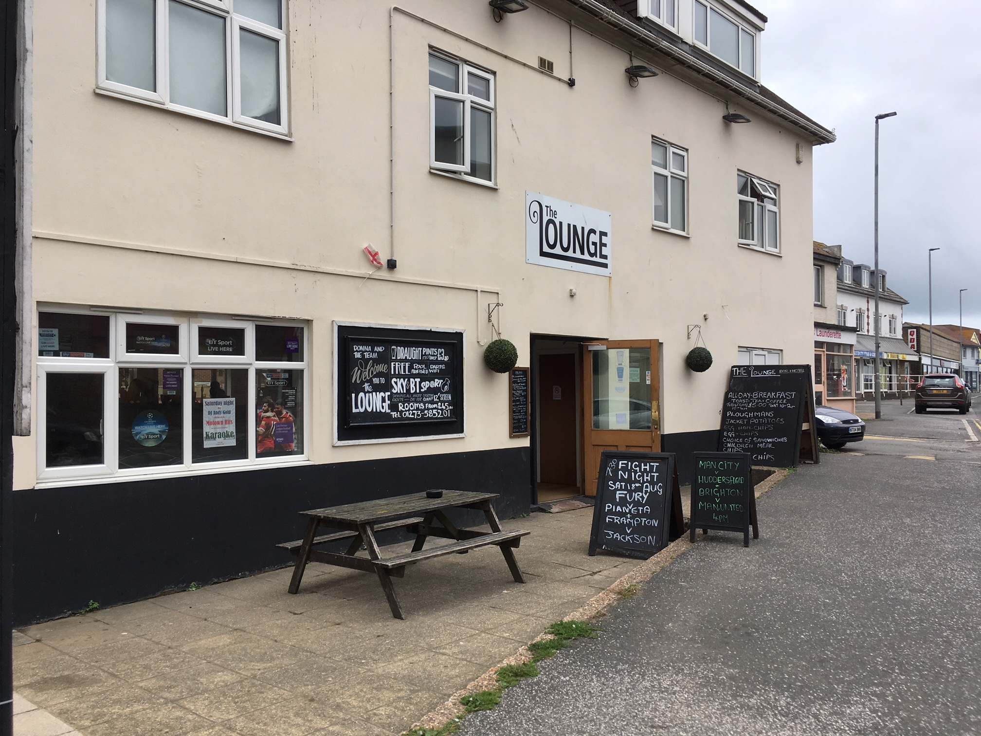 PubSpy: The Lounge, Peacehaven