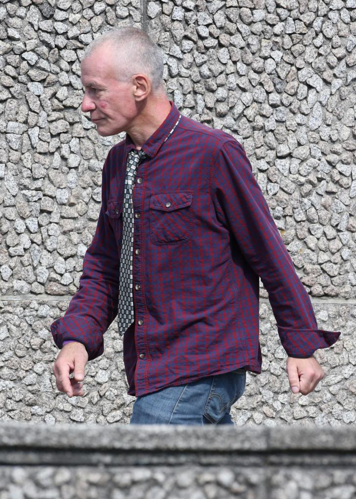 Drunk Man Exposed His Genitals And Touched Himself In Charity Shop