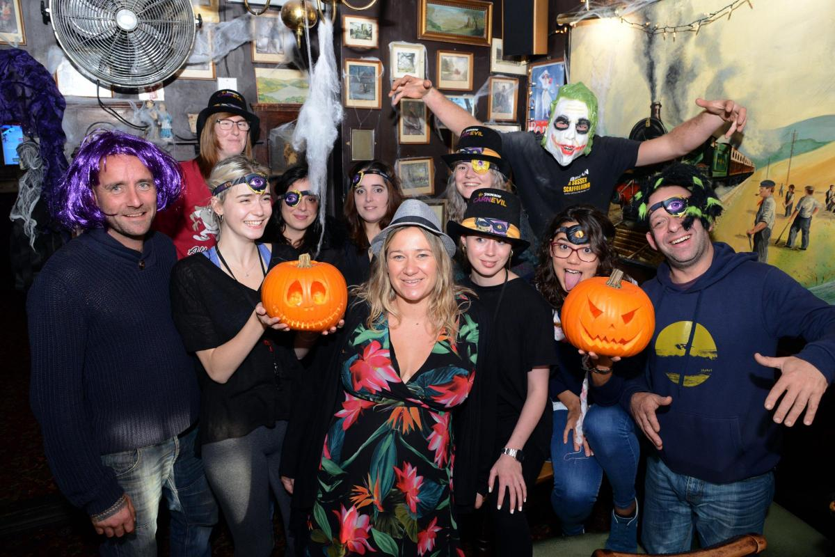 the lion and lobster pub in brighton to hold a halloween street