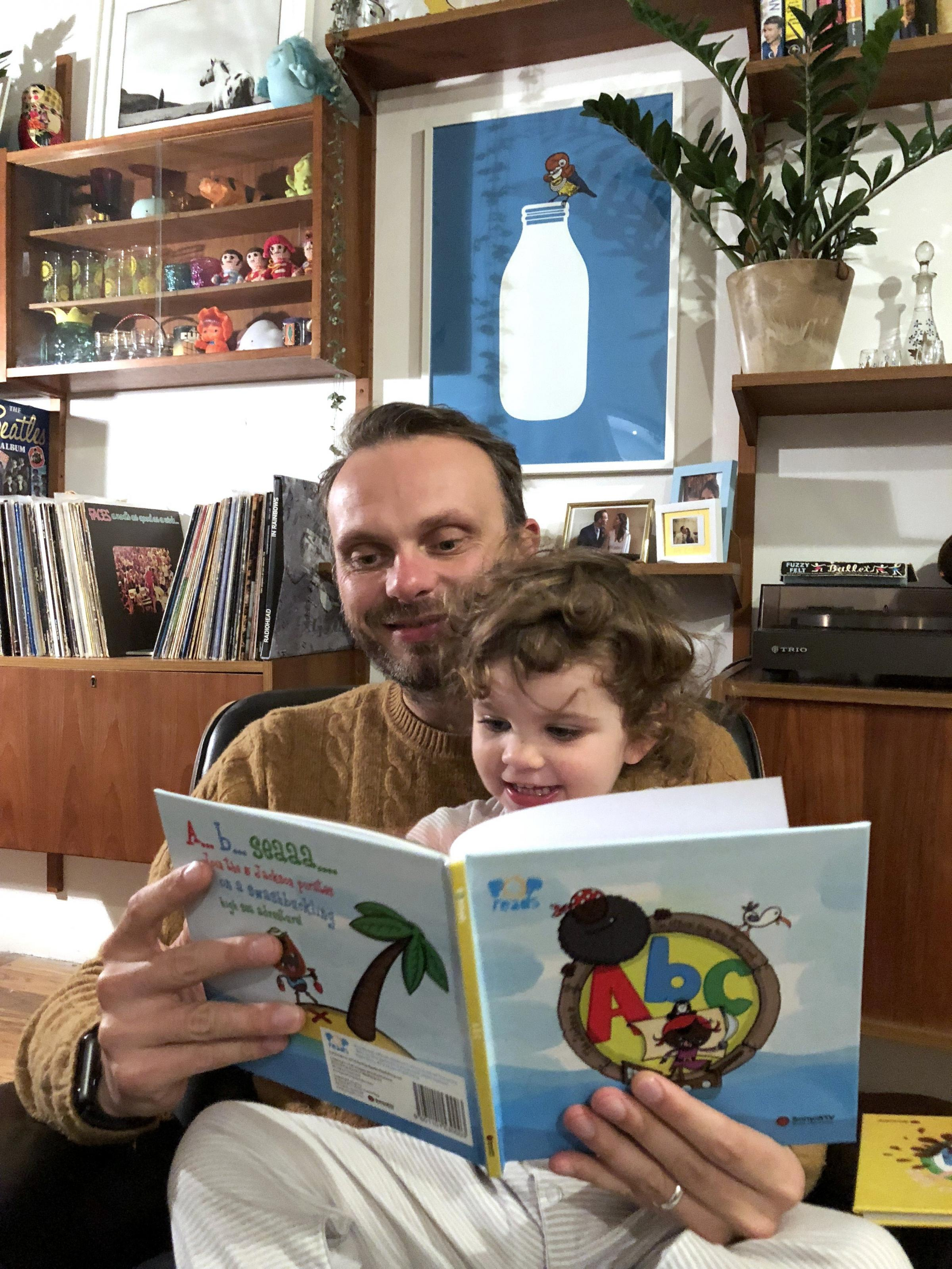 Brighton Dad Makes Bedtime Reading Cool With Six New Novelty Pop Songs
