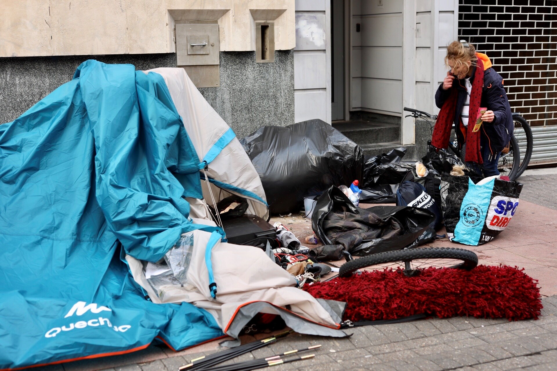 Homeless couple's tent removed from Duke Street in Brighton after almost six months