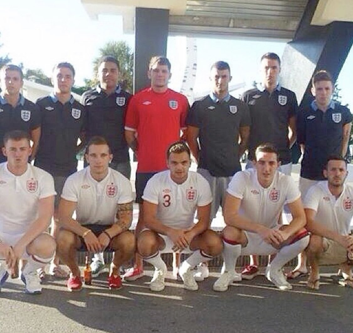 Lewis Dunk's last England 'team photo' - as he prepares for the real thing