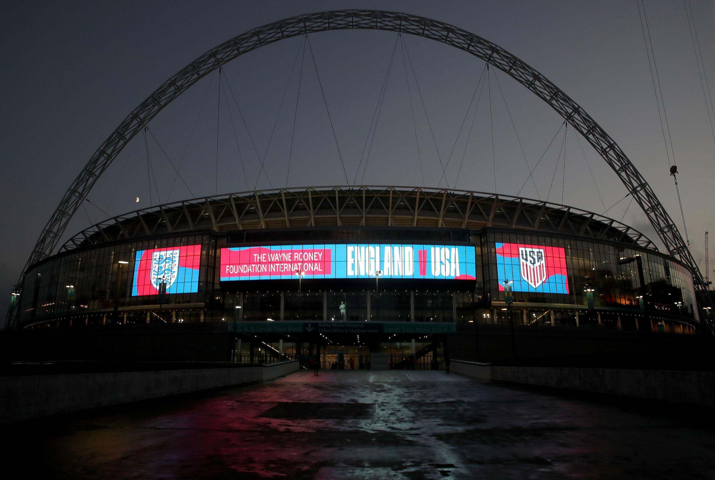 Confirmed: Dunk makes England debut