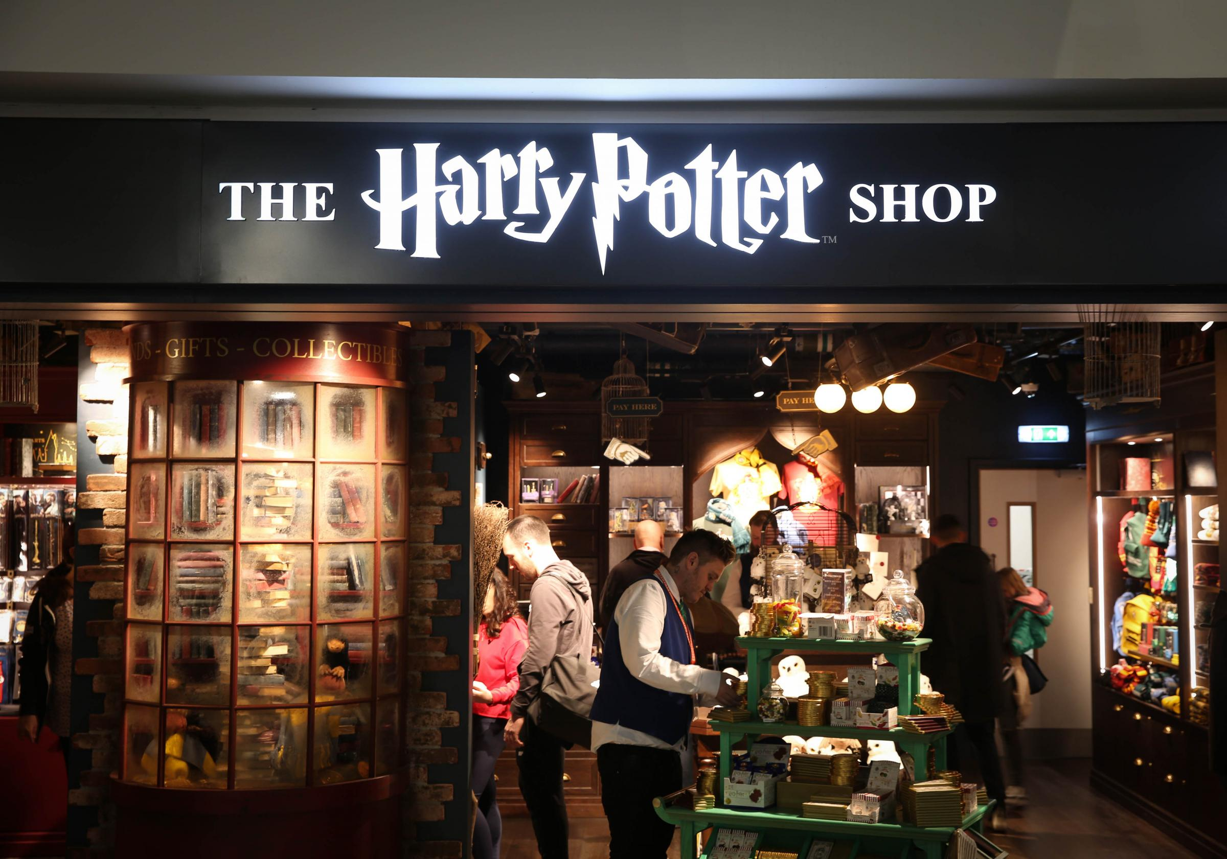 New Harry Potter store opens in Sussex