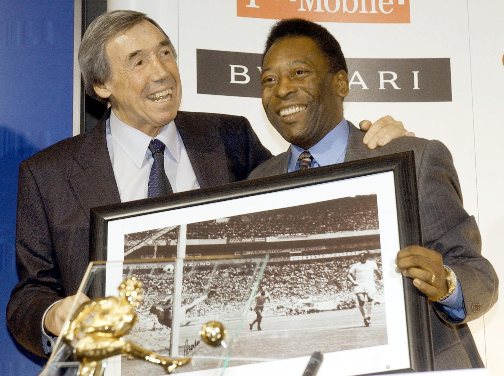 'Why didn't you catch it?' Alan Mullery on that save and memories of Gordon Banks