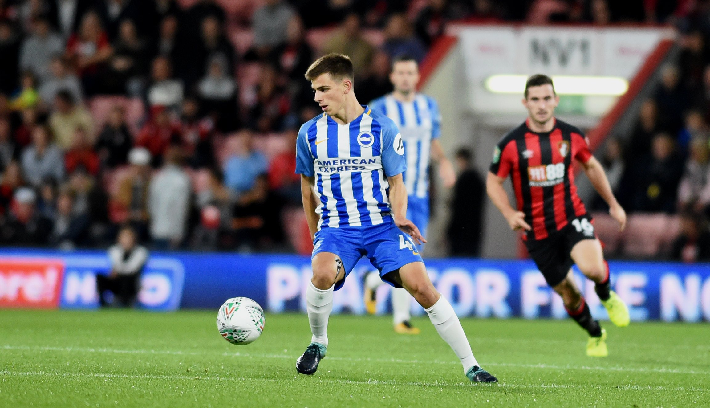 Molumby returns as Albion win at Manchester City