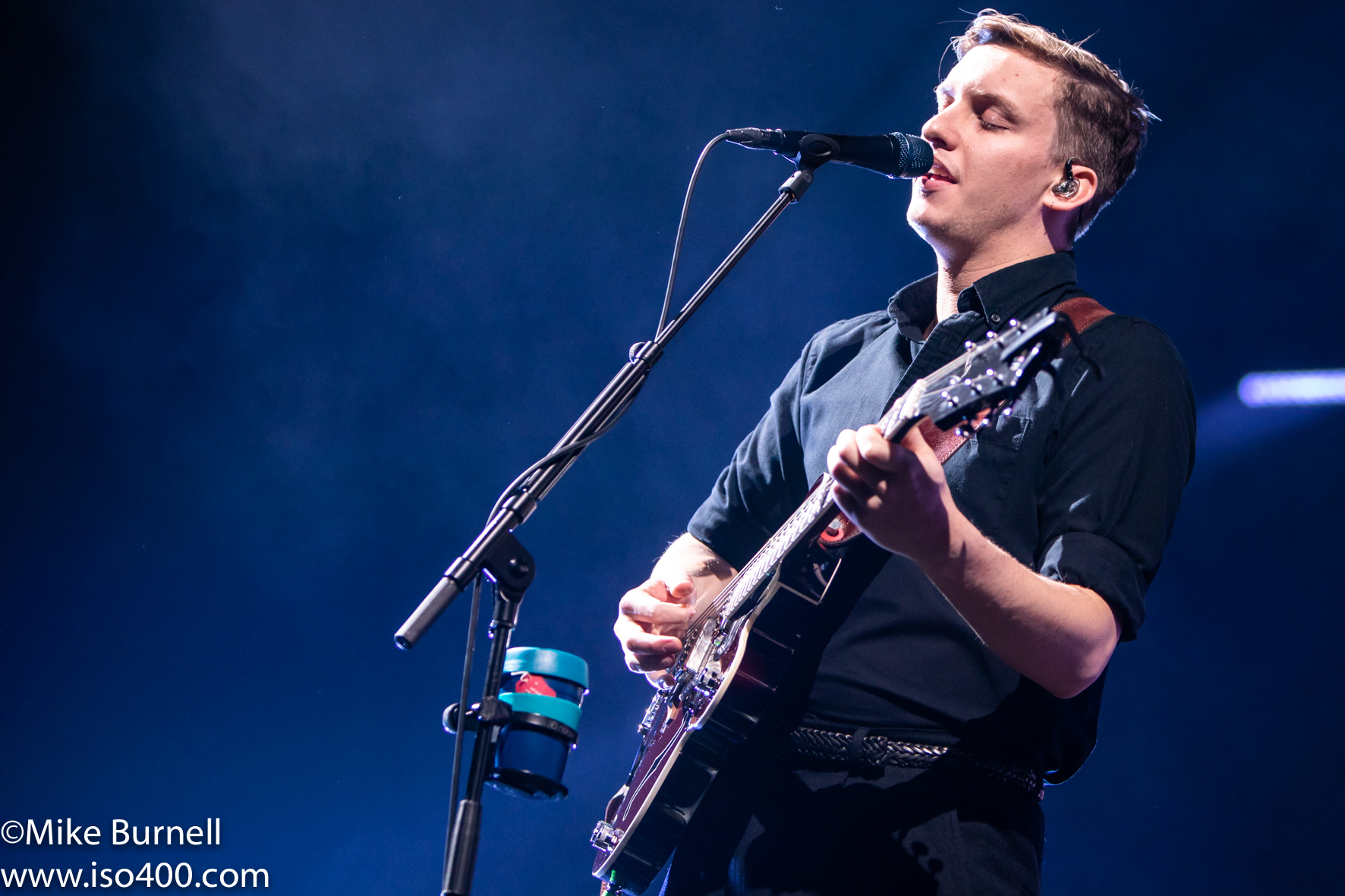 Gorgeous George Ezra makes everyone happy at the Brighton Centre pic; Michael Burnell