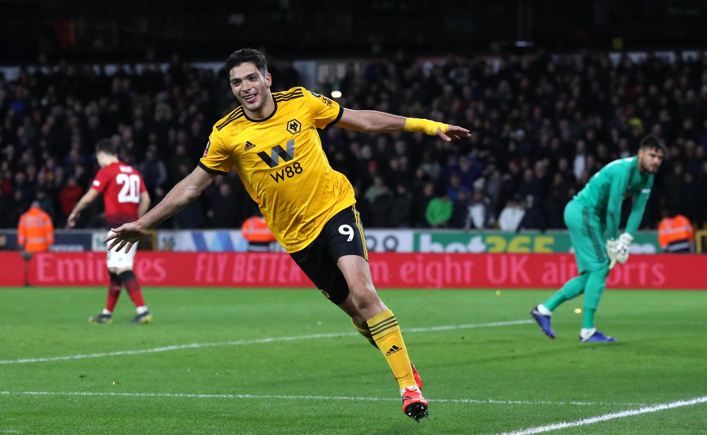 Raul shines again as Wolves knock out Manchester United