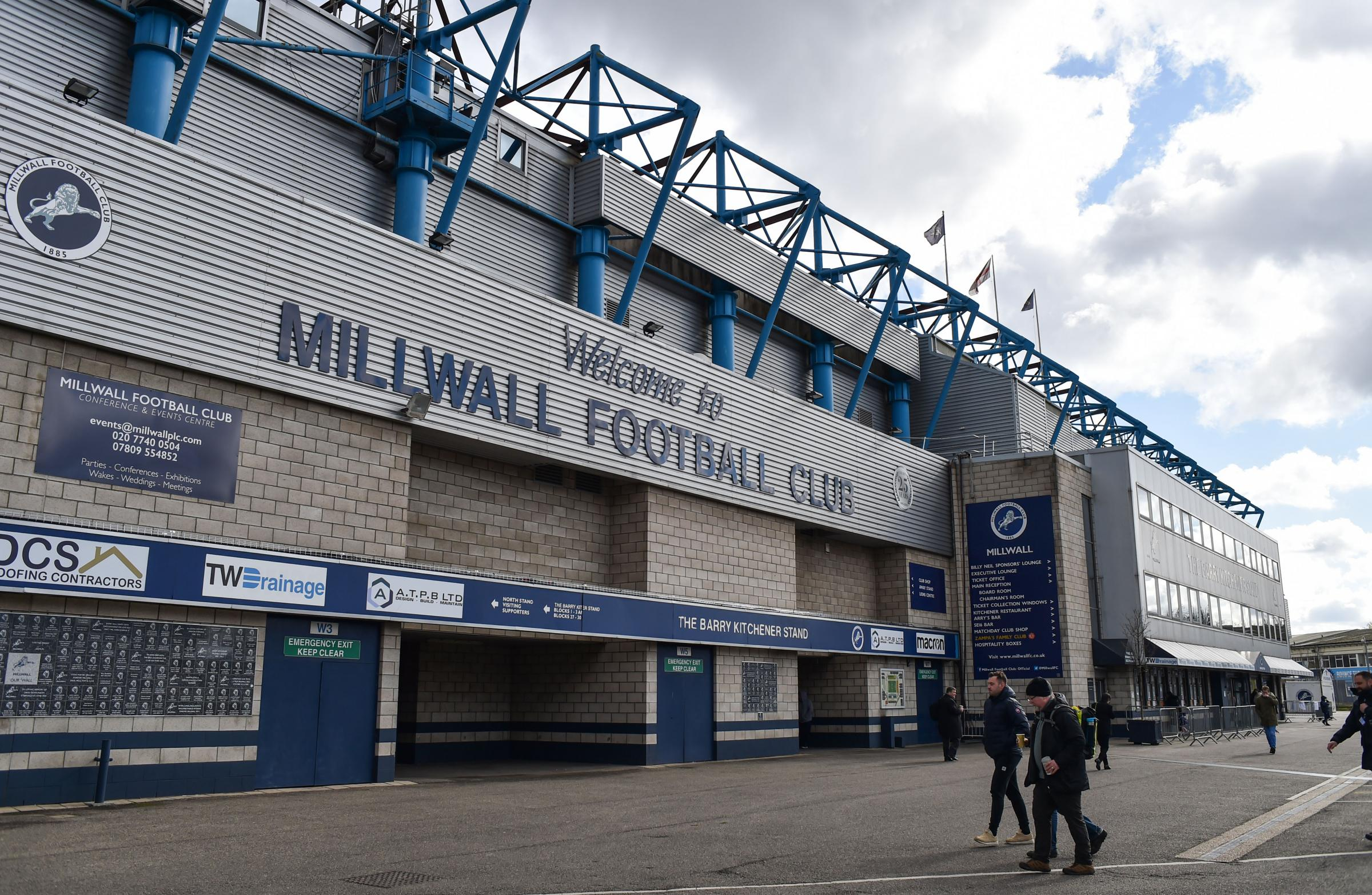 LIVE: Millwall v Brighton and Hove Albion