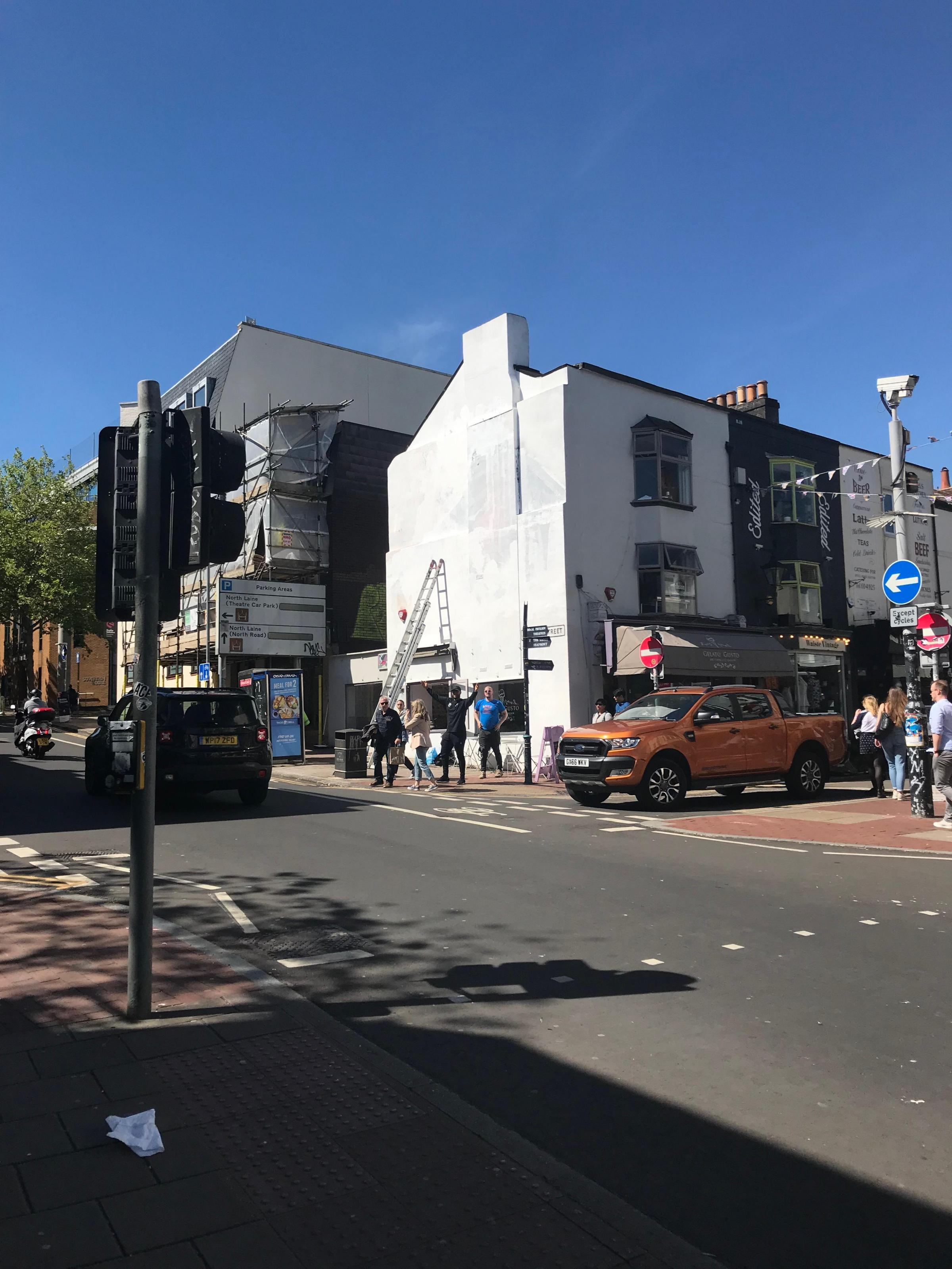 The mural that replaced Bruno in Brighton has now been taken down