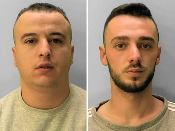 Drug dealing duo caught after smell of cannabis 'wafts from