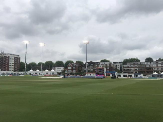 Only 21 overs were possible at Hove as the expected rain set in early