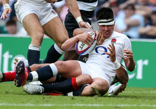 Marcus Smith in action for England XV at Twickenham